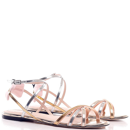 Сандалии Fendi на тонких ремешках без каблука, фото