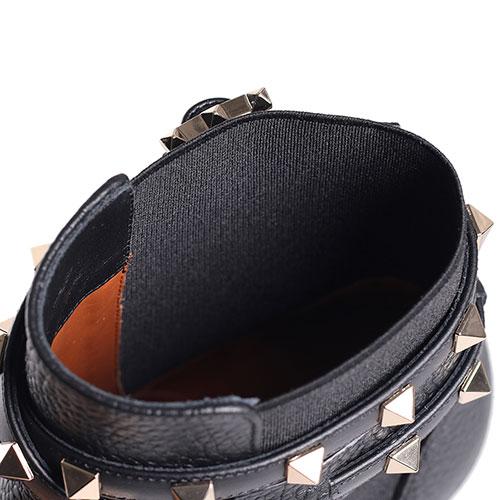 Черные ботильоны Valentino с декором-шипами, фото