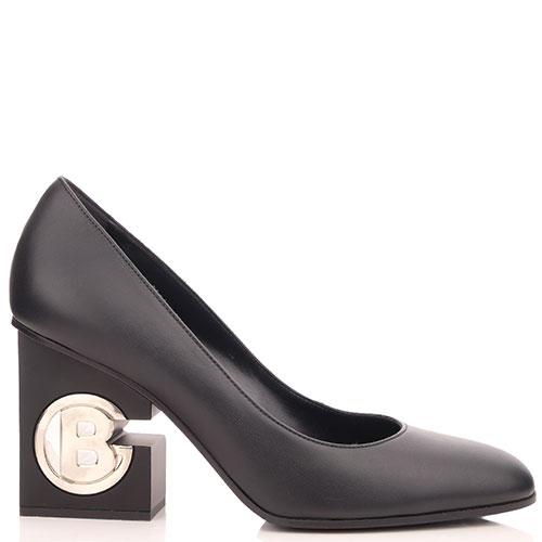 Черные туфли Baldinini с логотипом на каблуке, фото
