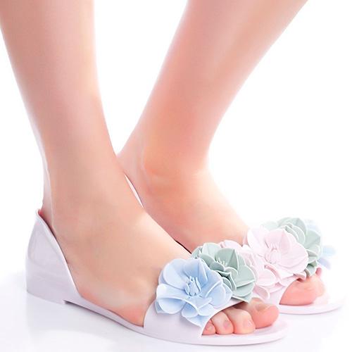 Розовые сандалии Menghi с декором-цветами, фото