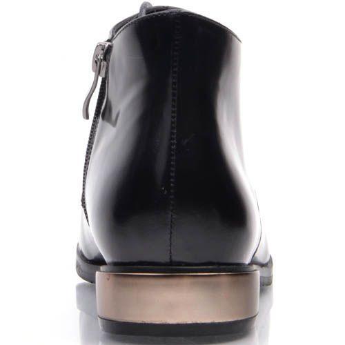 Ботинки Prego черного цвета из глянцевой кожи с металлической вставкой платинового цвета на каблуке, фото