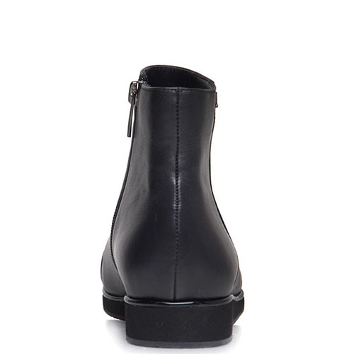 Ботинки Prego из кожи черного цвета с лаковым носочком, фото