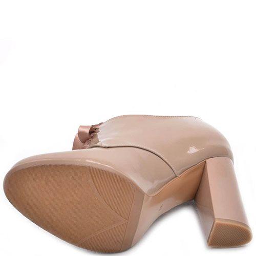 Бежевые ботильоны Prego из натуральной лаковой кожи, фото