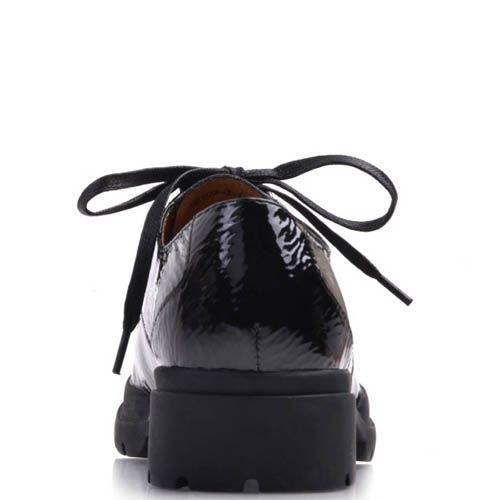 Ботинки Prego лаковые черного цвета на шнуровке с рельефной подошвой, фото