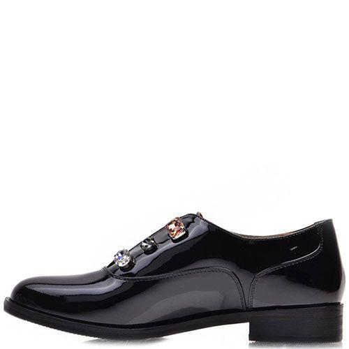 Туфли Prego из натуральной лаковой кожи черного цвета с крупными камнями, фото