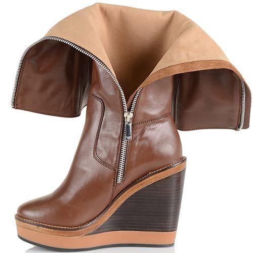 Женские осенние сапоги Armani Jeans коричневые кожаные на танкетке, фото