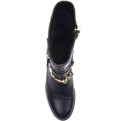 Ботинки Prego черного цвета из матовой кожи с декором в виде золотистых пряжек и цепей, фото