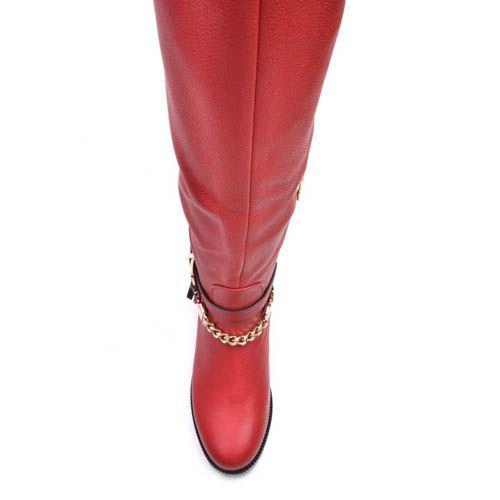 Сапоги Prego осенние красного цвета из матовой кожи с декором в виде золотистых пряжек и цепей, фото