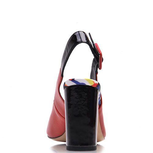 Босоножки Prego из натуральной гладкой кожи красного цвета с открытым носочком, фото