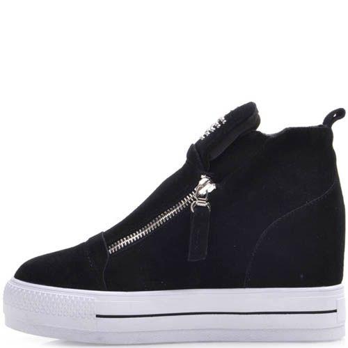 Ботинки Prego замшевые черного цвета на резиновой танкетке с рисунком звезды из заклепок, фото