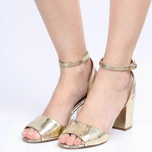 Босоножки The Seller Julie Dee золотого цвета из натуральной тисненой кожи, фото