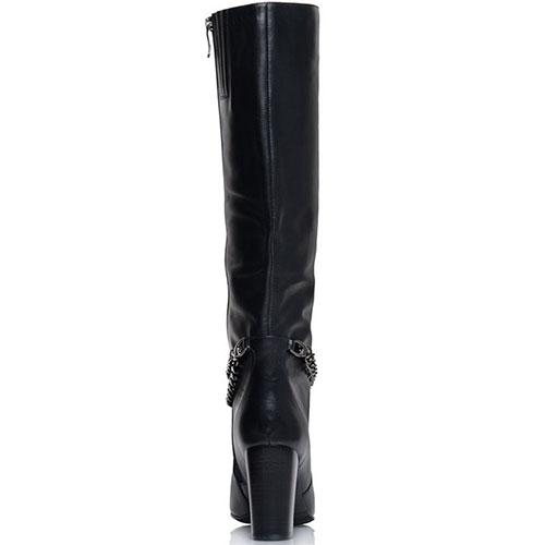 Кожаные высокие сапоги Prego черного цвета с декоративной цепочкой, фото
