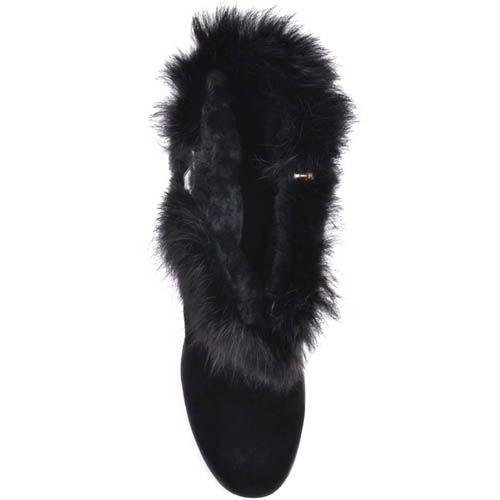 Ботильоны Prego зимние черного цвета с меховым отворотом украшенным золотистой пряжкой и на высоком каблуке, фото