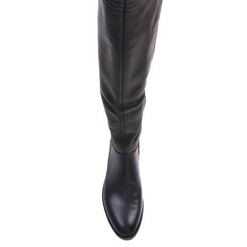 Сапоги Prego осенние черного цвета кожаные на низком ходу с декором в виде цепочки на каблуке, фото