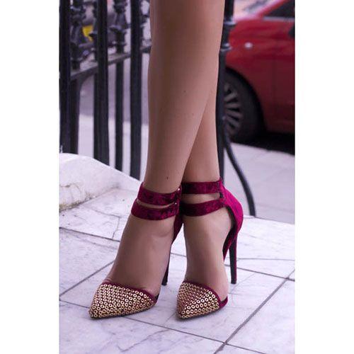 Босоножки Kandee бордового цвета с золотистыми круглыми заклепками на носке, фото