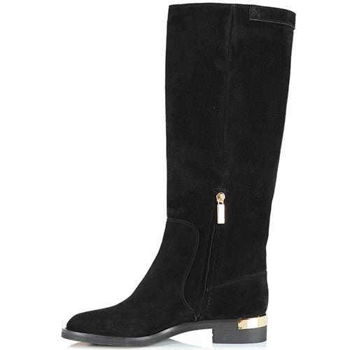 Замшевые сапоги Giorgio Fabiani черного цвета с золотистой шильдой на каблуке, фото