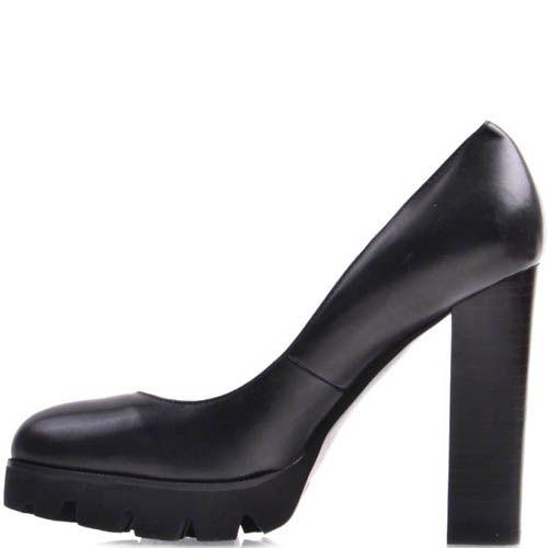Туфли Prego черного цвета на высоком каблуке и рельефной подошве, фото