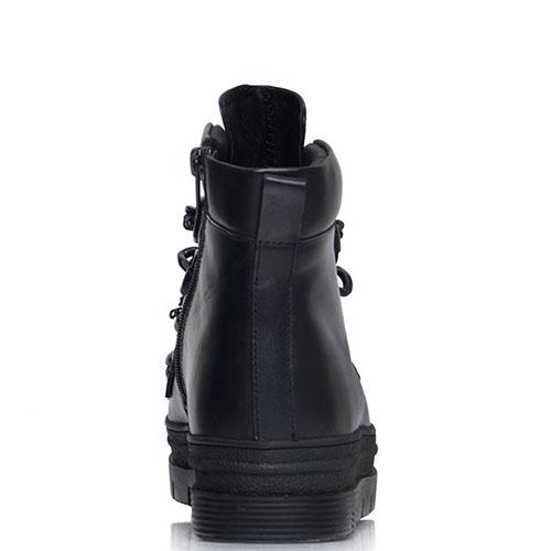 Черные кожаные ботики Prego на рельефной подошве с декоративными цепями, фото