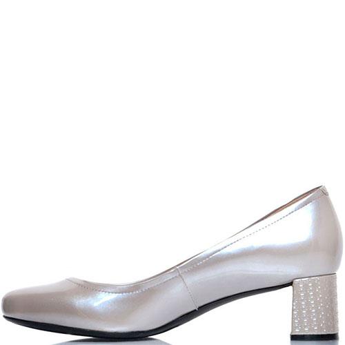Кожаные туфли Prego бежевого цвета с перламутровым блеском, фото