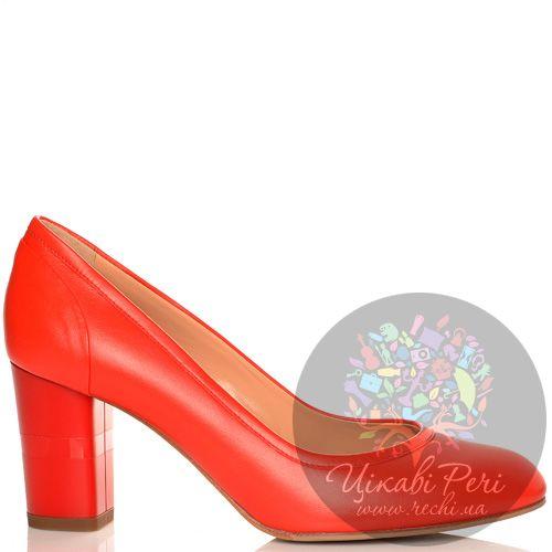 Туфли Giorgio Fabiani кожаные красные на среднем толстом каблучке, фото