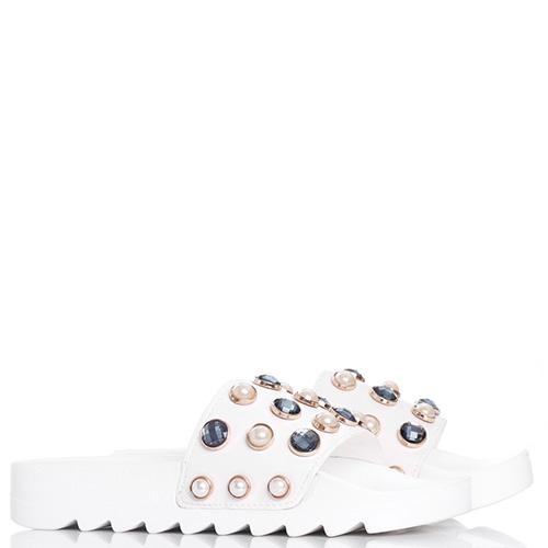 Шлепанцы белого цвета Colors of California с декором-стразами, фото