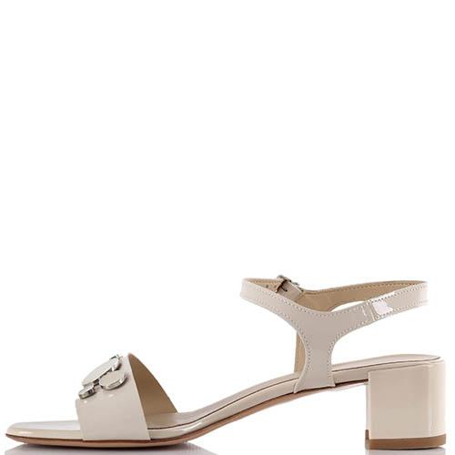 Бежевые босоножки Jeannot на низком устойчивом каблуке, фото