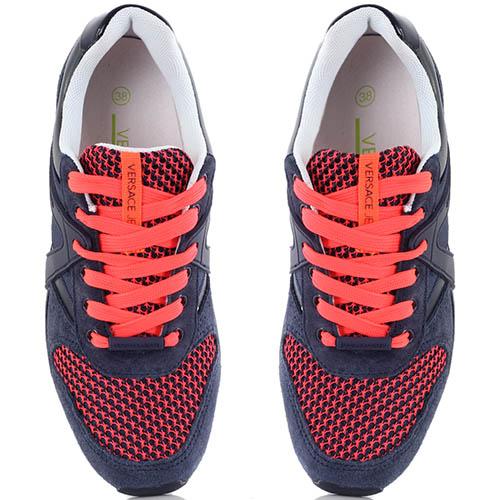 Синие кроссовки Versace Jeans с красной шнуровкой и кантом на подошве, фото