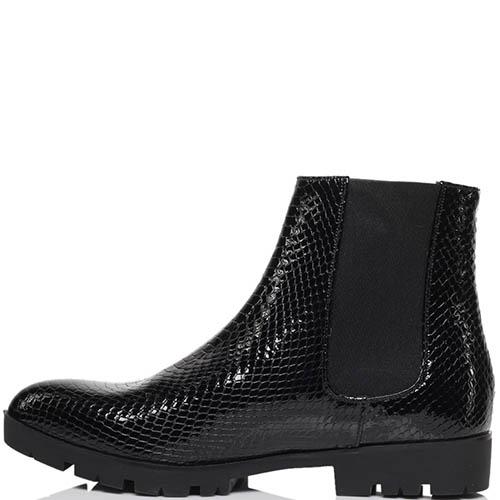 Ботинки из лаковой кожи черного цвета с тиснением под змею Albano на резинках, фото
