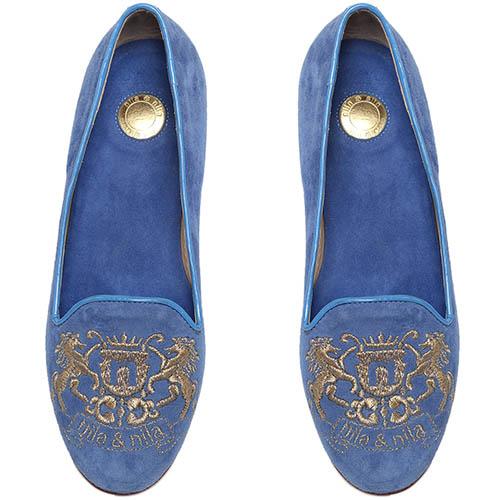 Замшевые лоферы голубого цвета Nila&Nila с фирменной вышивкой, фото