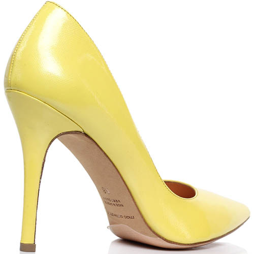 Лодочки из кожи с лаковым блеском желтого цвета MAC Collection, фото