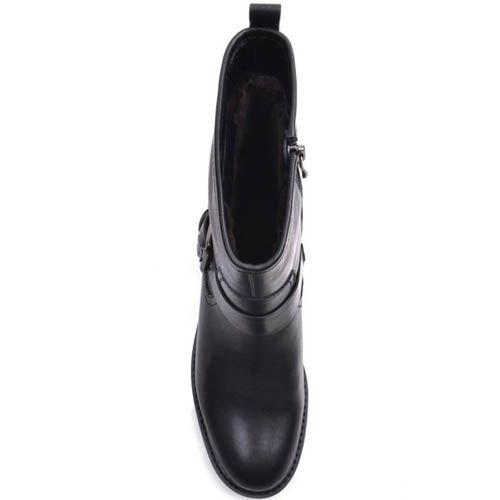 Полусапоги Prego черные кожаные с прямым голенищем и ремешком с металлической пряжкой, фото