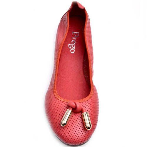 Балетки Prego красного цвета на резинке с металлическим декором, фото