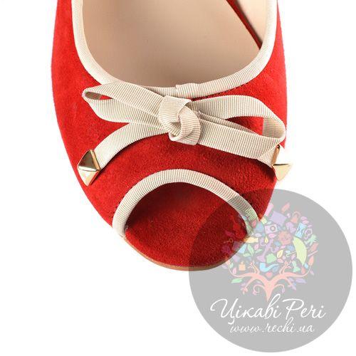 Туфли Laura Mannini на скрытой низкой танкетке замшевые красные с открытым носком, фото