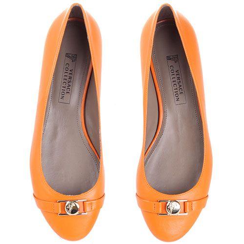 Балетки Versace Collection оранжевого цвета с золотистым логотипом, фото