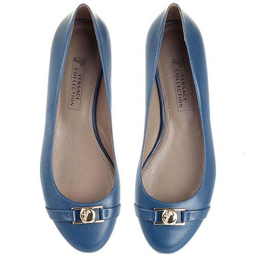 Балетки Versace Collection приглушенного синего цвета с золотистым логотипом, фото