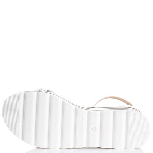 Белые босоножки на платформе Loretta Pettinari, фото