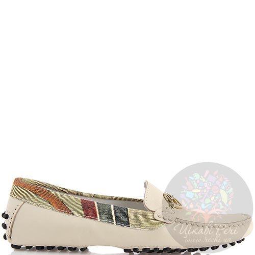 Женские мокасины Gattinoni из натуральной кожи бежевого цвета с разноцветной отделкой, фото