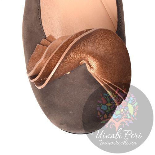 Балетки Miu Miu из коричневого нубука, фото