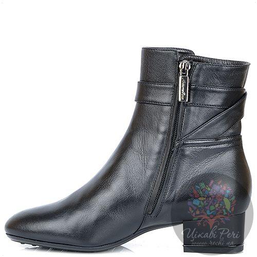 Ботинки Nocturne Rose на низком каблуке черные кожаные с мехом, фото