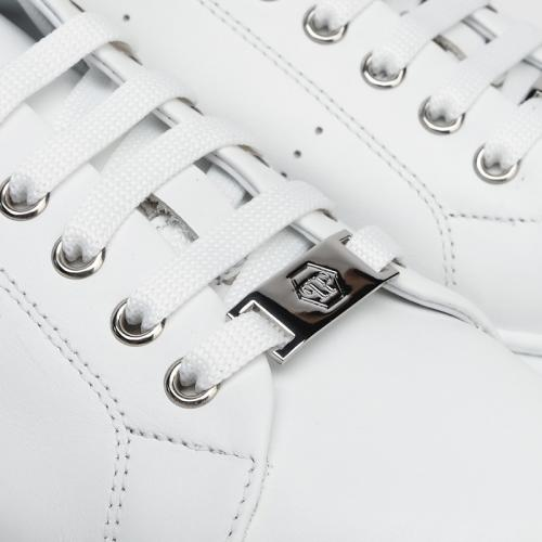 Кеды Philipp Plein со стразами на пятке, фото