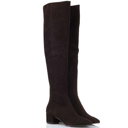 Ботфорты из натуральной замши The Seller коричневого цвета на толстом каблуке, фото