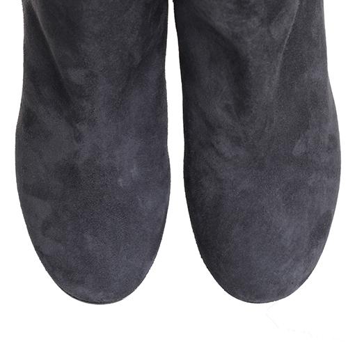 Замшевые ботфорты The Seller серого цвета, фото