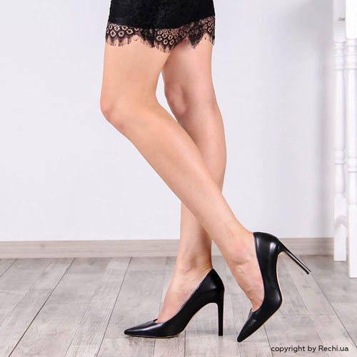 Туфли-лодочки The Seller из кожи черного цвета, фото