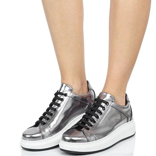 Серебристые кожаные кеды на шнуровке Tosca Blu на платформе, фото