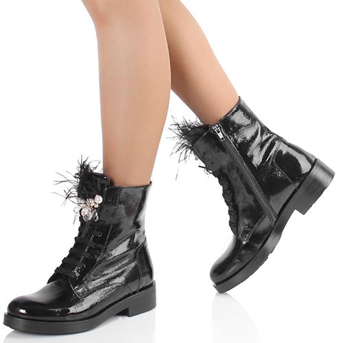 Черные ботинки Tosca Blu с декором из перьев, фото