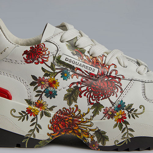 Белые кроссовки Dsquared2 с цветочным принтом, фото