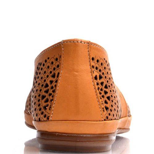 Слиперы Prego оранжевого цвета с узорами и перфорацией, фото