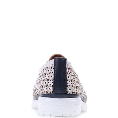Туфли Prego из натуральной белой перфорированной кожи, фото