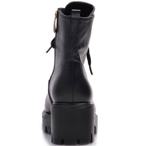 Ботинки Prego зимние черного цвета с золотистыми отверстиями для шнуровки, фото