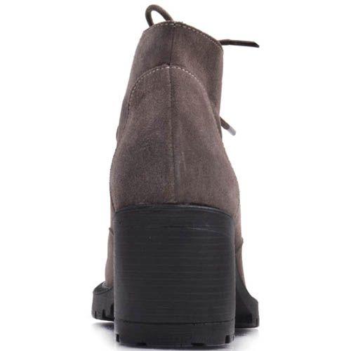 Ботинки Prego зимние замшевые коричневого цвета с натуральным мехом и шнуровкой, фото